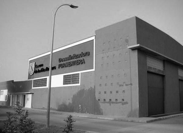 Instalación desaladora de agua de mar en Formentera
