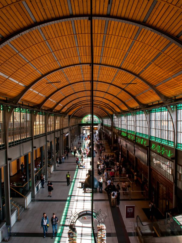 Central Train Station in Wroclaw (6)