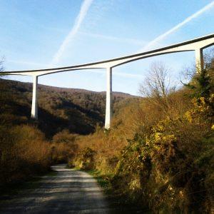 The Montabliz viaduct, the highest in Spain, photo taken from below by @zalillo71