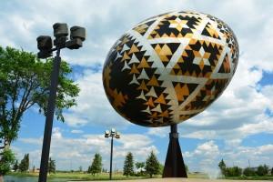 worlds-largest-pysanka-egg-1231199_960_720