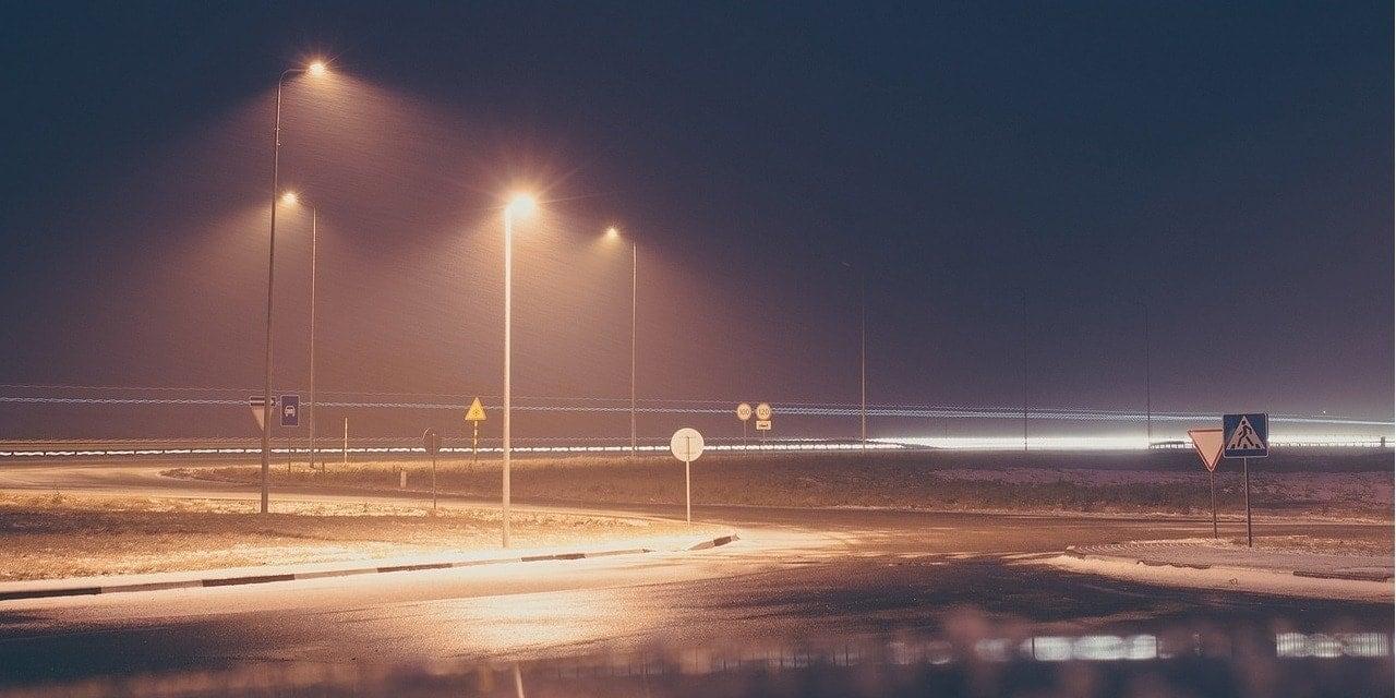 iluminacion-de-carretera