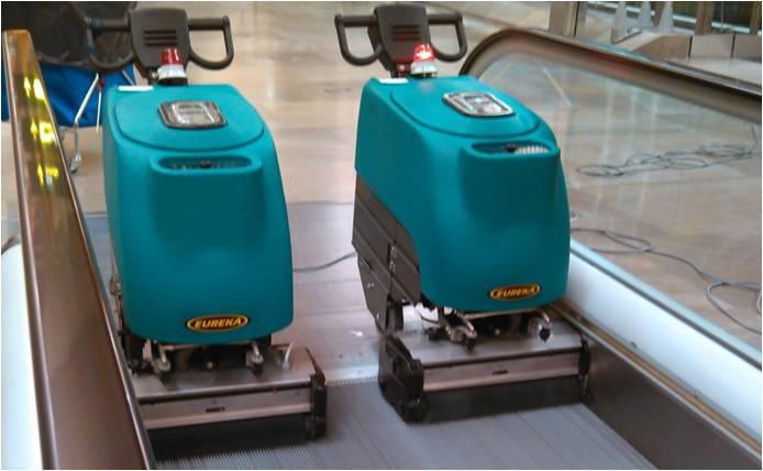 cleaning robots aena madrid barajas