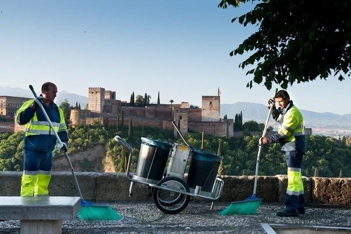 vistas alhambra y servicios de limpieza de granada