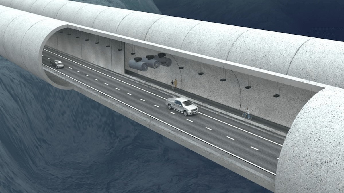 Safety in the underwater tunnel