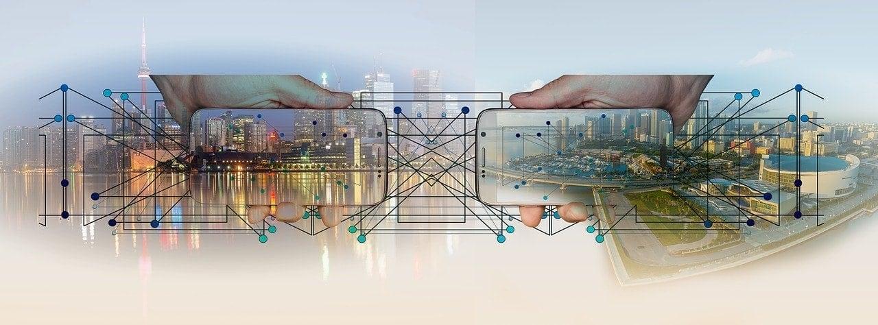 Imagen que refleja la conexión en la ciudades y dispositivos