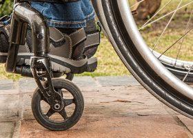 ciudad adaptada capacidades smart city silla de ruedas