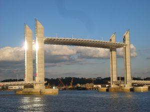 Puente Jacques-Chaban-Delmas Francia