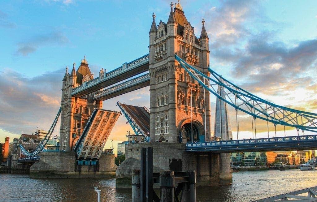 puentes de la torre de Londres, puentes de Europa