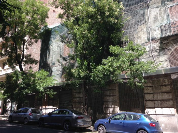 fachada en rehabilitacion fronton betijai madrid