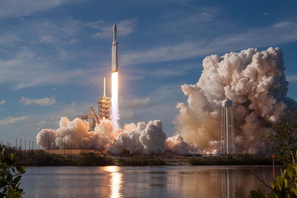 Image of a spaceship taking off from Cape Canaveral