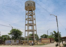 Imagen del tanque de agua de la comunidad Cura Mori