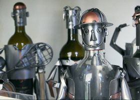 Botellas customizadas como robot