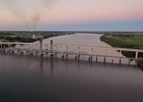 Puente Río Clarence