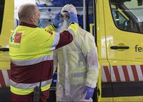 Imagen de una ambulancia en Ifema