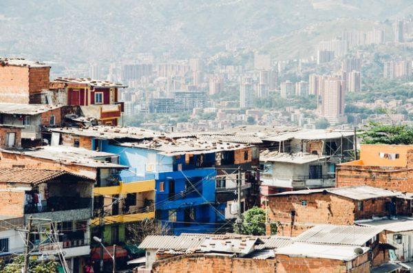 los barrios más altos de la ciudad de Medellín