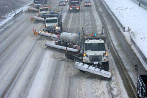 camiones y remolques quitanieves