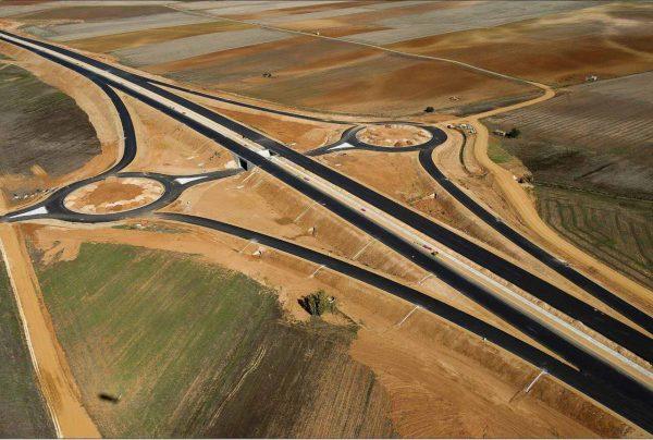 Uno tramos en construcción de la A-66, también conocida como autovía de la Plata.