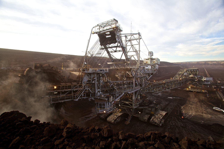 Maquinaria pesada en una mina en Chile