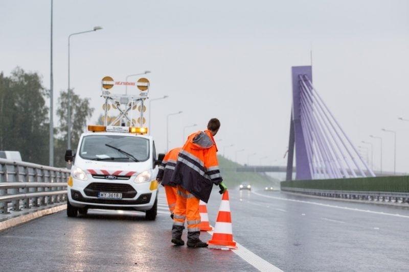 mantenimiento de carreteras polonia contrato