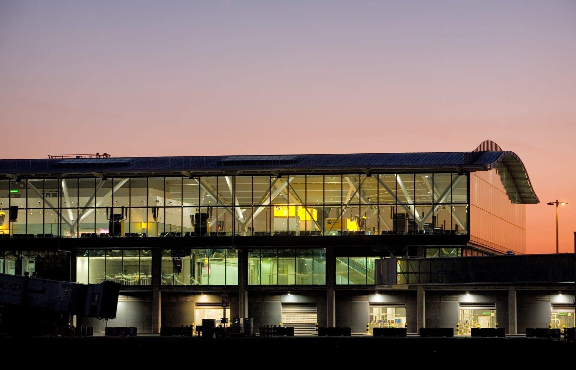 heathrow airport terminal 5 in london