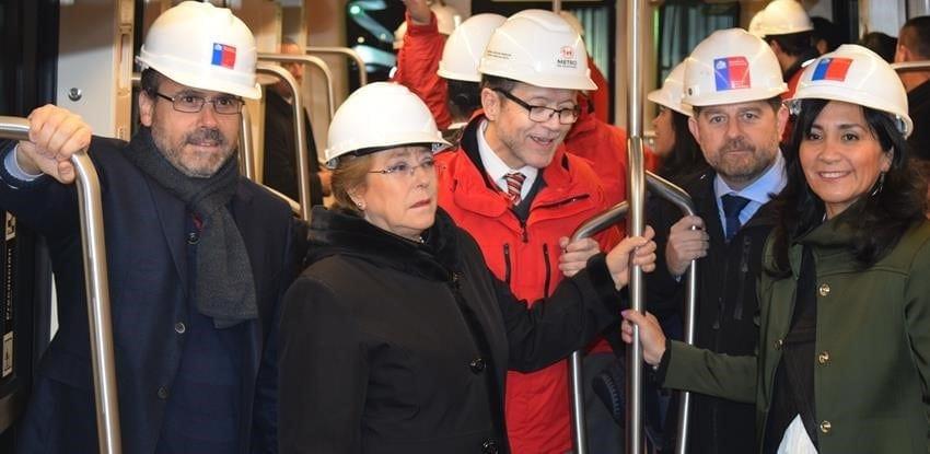 santiago metro chile visit president michelle bachelet