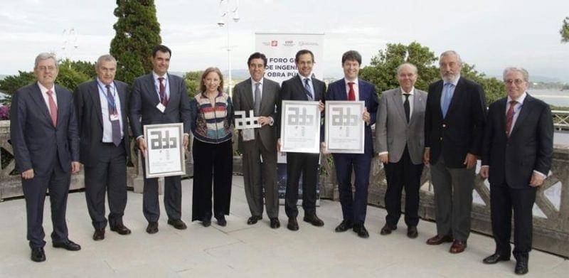 public works international award carrera 80 colombia