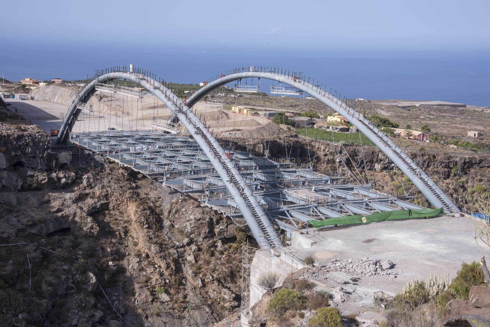 Erques Viaduct. Deck