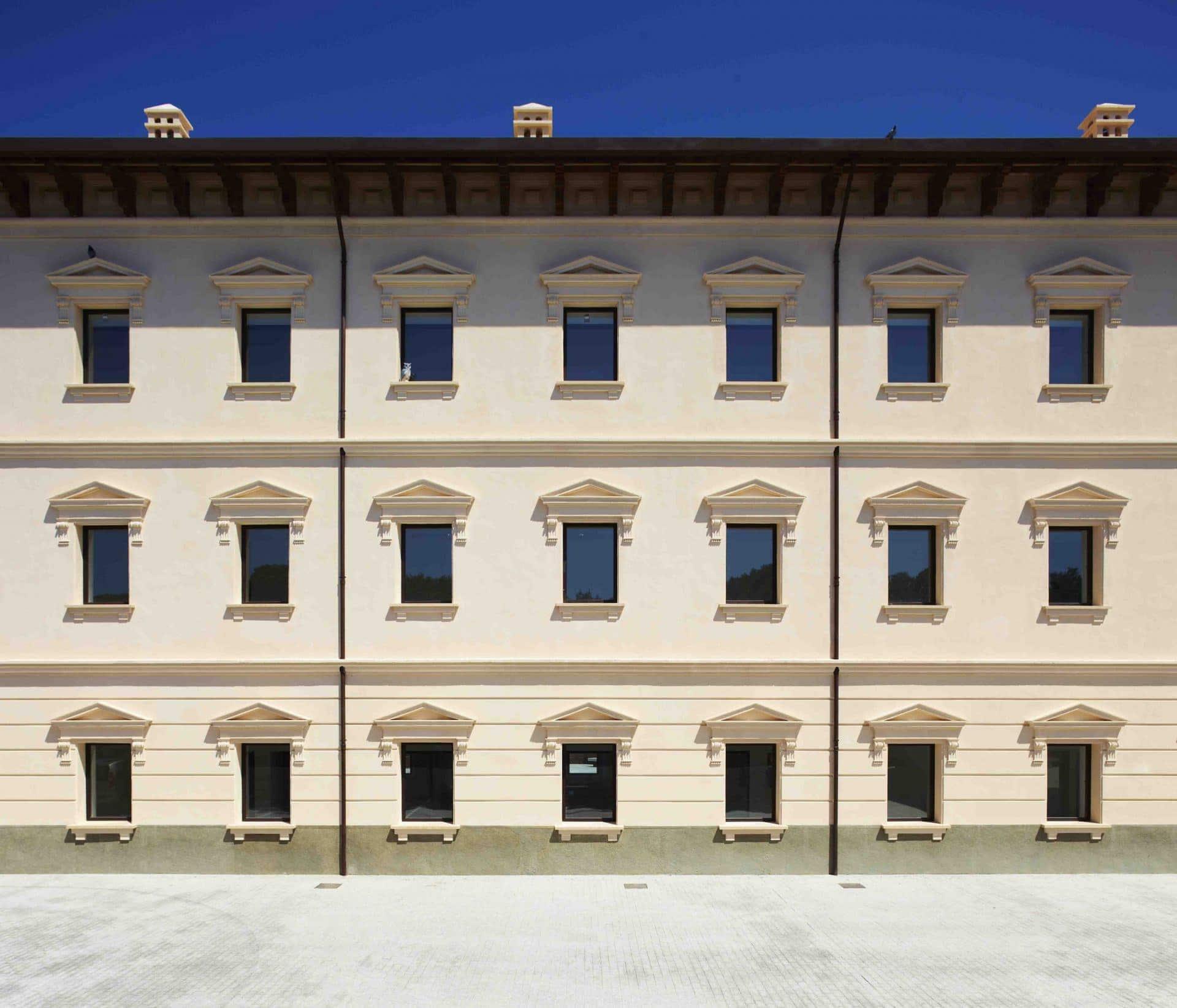 Ferrovial Agroman has tranformed Ibiza barracks into the Ibiza campus of Universitat de les Illes Balears.