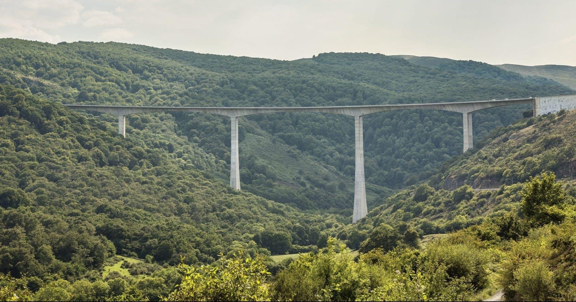 Bridge spans countryside