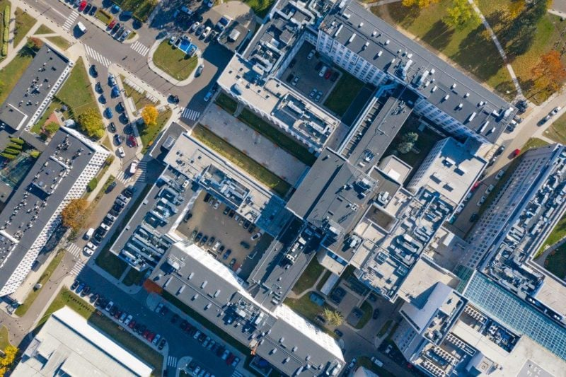 Budimex amplia hospital en Bialystock, Polonia