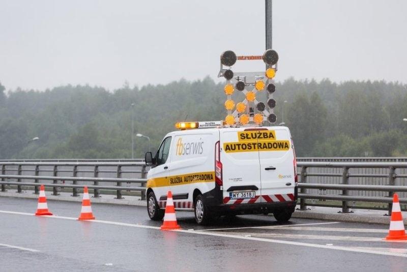 Furgoneta FBSerwis en autopista A1 en Polonia