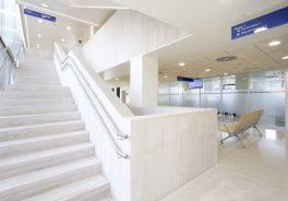 Agroman concluye reforma Hospital de Jove-escaleras