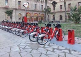 bicis estacionadas en Barcelona