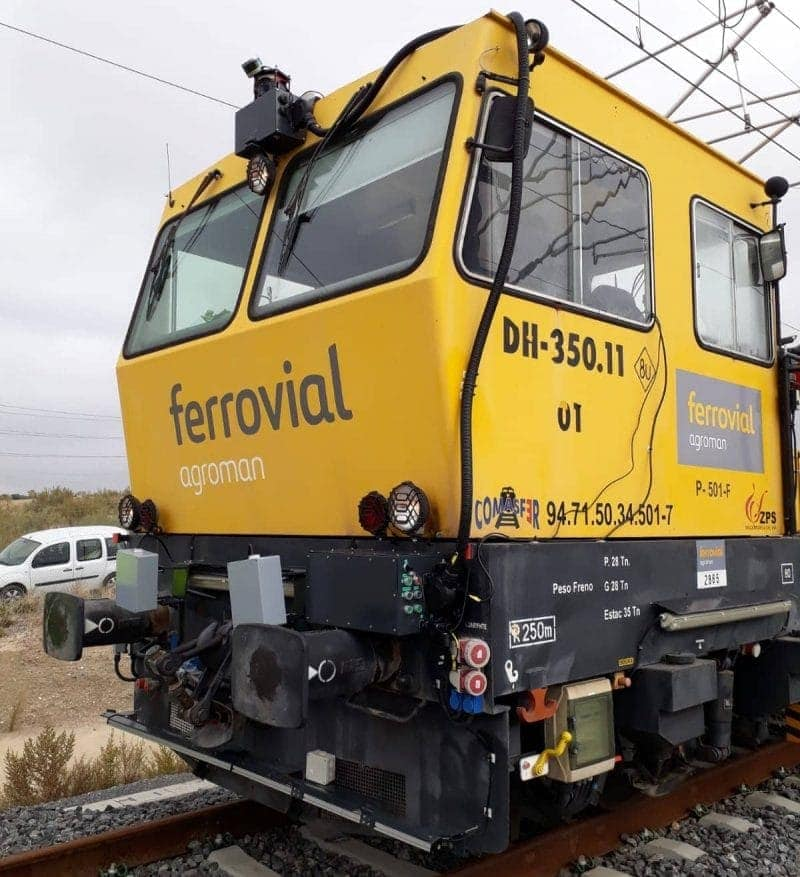 Sentinel, the Smart System for Managing Railway Lines