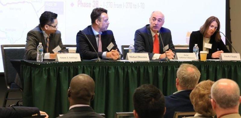 Imagen de la participacion de Javier Gutierrez de Cintra Ferrovial en el foro en EEUU