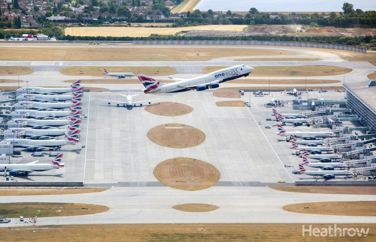 Photo of a plane taking off at heathrow