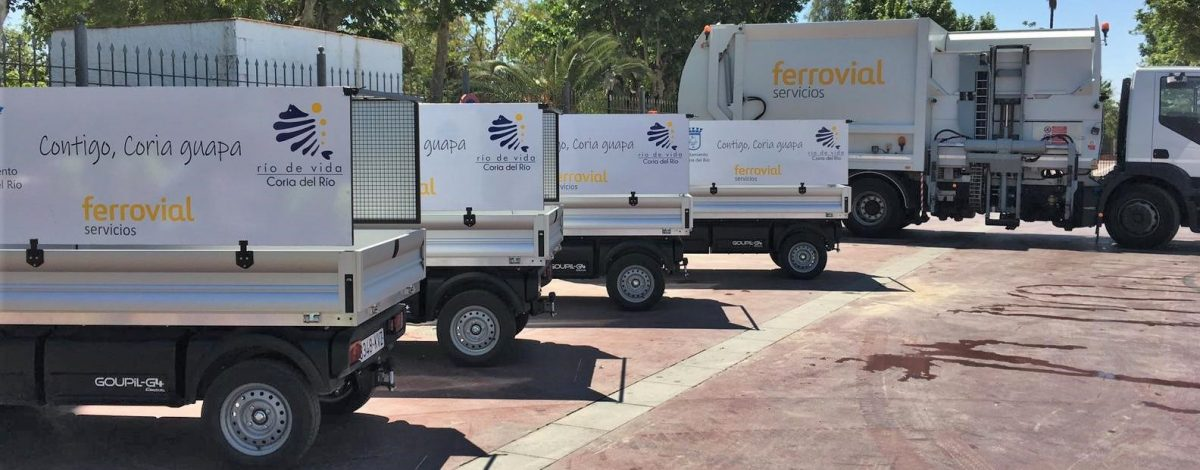 image of the new waste collection trucks from Coria del Rio