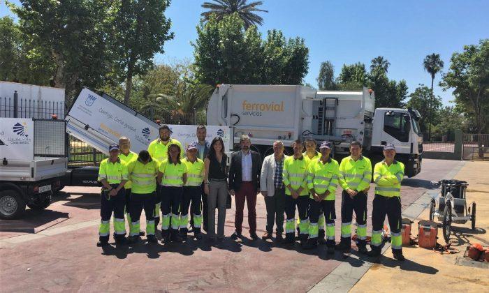 Image of the Coria del Rio waste collection team