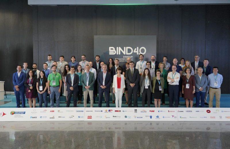 Foto de grupo de los asistentes a BIND 4.0