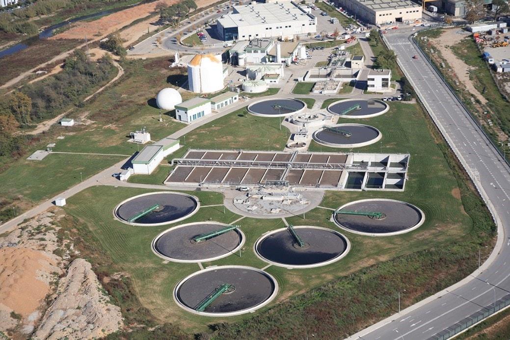 Imagen aerea de una planta de Cadagua