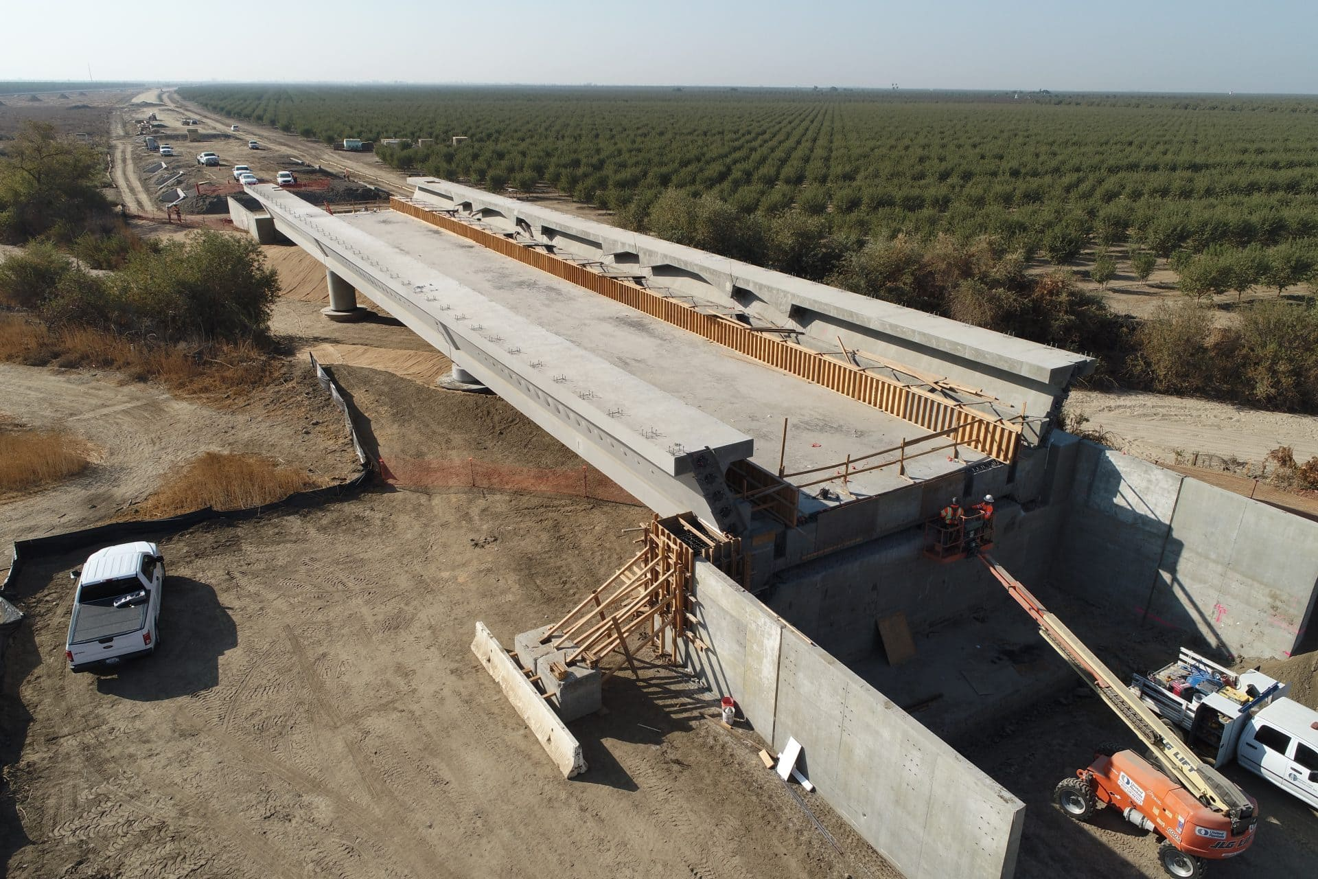 Viaduct Poso Creek Record Time Completion California High Speed Rail