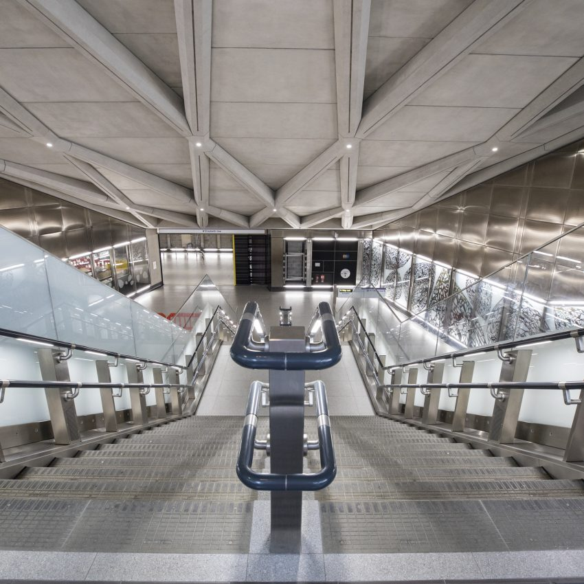 CrossRail London Elizabeth Line First Handed Ferrovial Train Construction