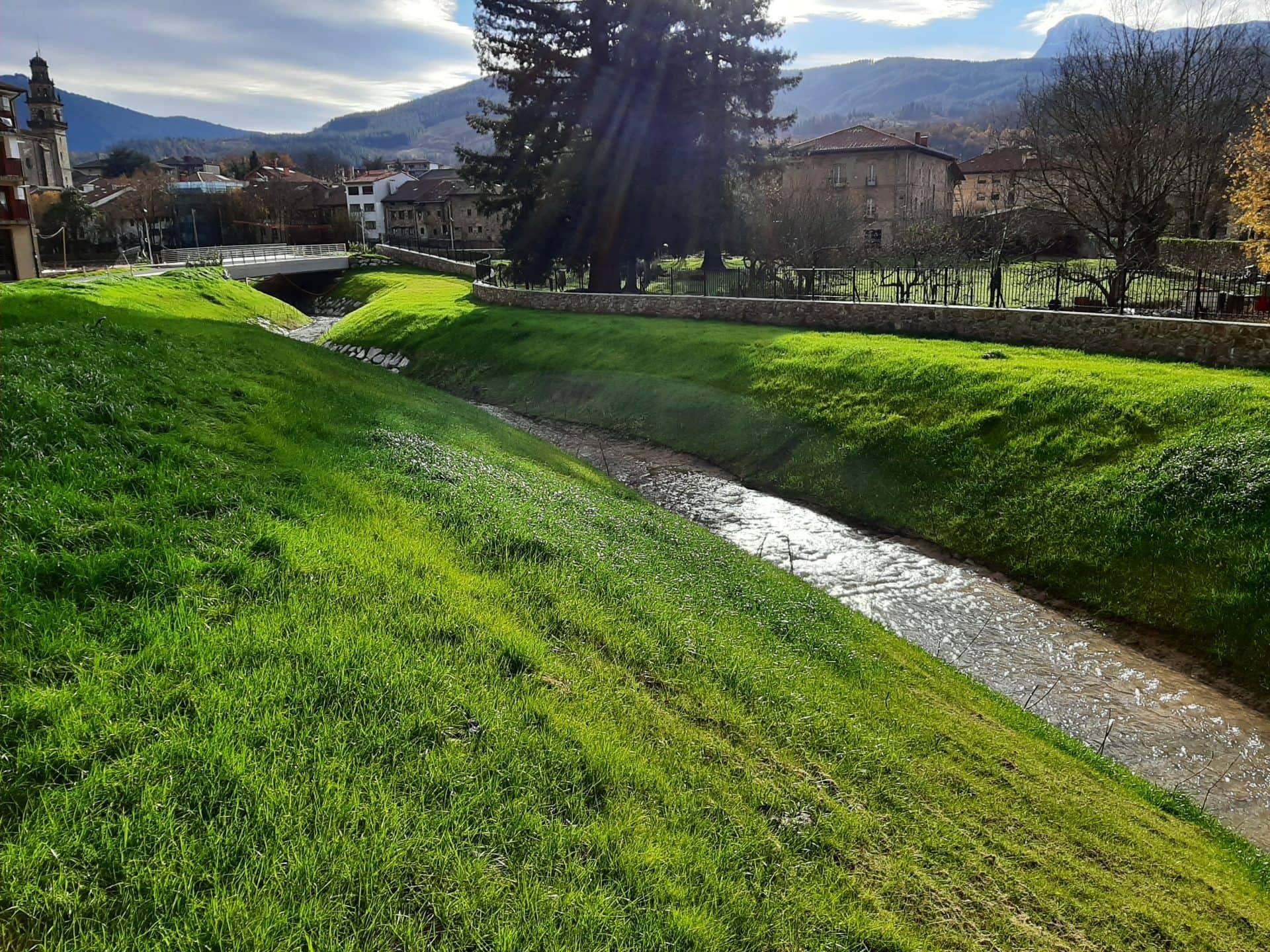 Adecuación arroyo Toloto Bizkaia